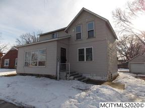 Property for sale at 215 S 4th St, Clear Lake,  Iowa 50428