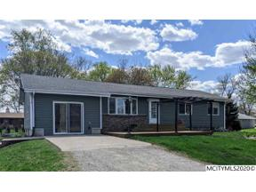 Property for sale at 320 Mulberry St, Rockwell,  Iowa 50469