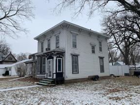 Property for sale at 300 Kelly St, Charles City,  Iowa 50616