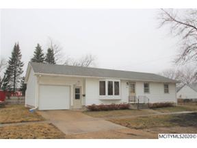 Property for sale at 302 2nd Ave N, Northwood,  Iowa 50459