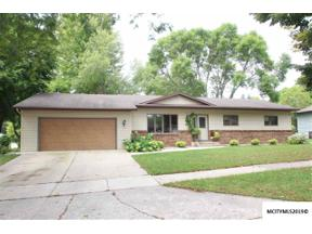 Property for sale at 1100 Brentwood Dr, Mason City,  IA 50401