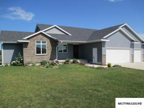 Property for sale at 715 Hemlock Ct, Mason City,  IA 50401