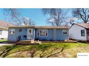 Property for sale at 704 S 12th St, Clear Lake,  Iowa 50428