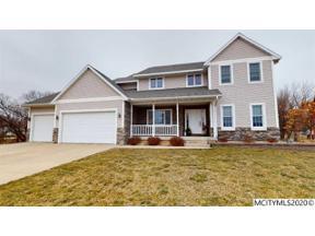 Property for sale at 806 17th Ct SE, Mason City,  Iowa 50401
