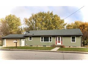 Property for sale at 924 13th SE, Mason City,  Iowa 50401