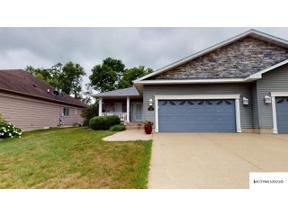 Property for sale at 2160 Country Club Dr, mason city,  Iowa 50401