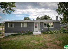 Property for sale at 100 W Skyview, lawton,  Iowa 51030