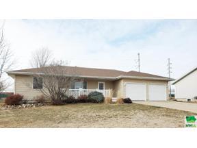 Property for sale at 916 Harrisburg Pl Se, Orange City,  Iowa 51041