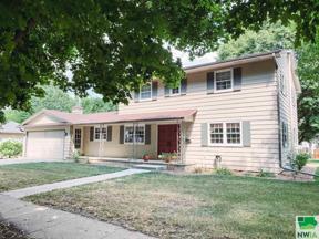 Property for sale at 521 Concord Ave Ne, Orange City,  Iowa 51041