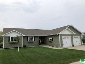 Property for sale at 1304 Rockwell Trail, Vermillion,  South Dakota 57069