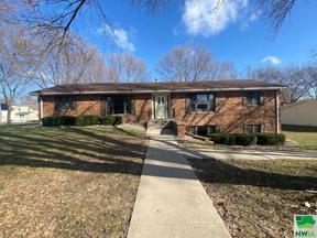 Property for sale at 601 3rd St Se Unit: 3, Orange City,  Iowa 51041