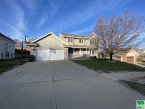 Property for sale at 2233 Pueblo Ct, Sioux City,  Iowa 51104