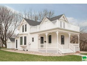 Property for sale at 130 Concord Ave Se, Orange City,  Iowa 51041