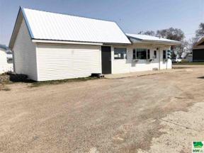 Property for sale at 411 E Rose St, Elk Point,  South Dakota 57025