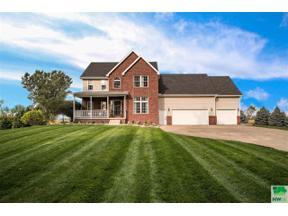 Property for sale at 907 Wynstone, Jefferson,  South Dakota 57038