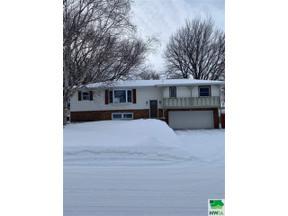 Property for sale at 1005 5th Street Sw, Orange City,  Iowa 51041