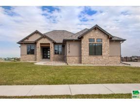 Property for sale at 4518 Grayhawk Ridge Dr, Sioux City,  Iowa 51106