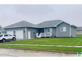 Property for sale at 1577 Brandon Dr, Vermillion,  South Dakota 57069