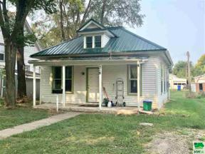 Property for sale at 318 Prospect, Vermillion,  South Dakota 57069