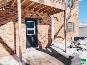 Property for sale at 604 2nd St Se Unit: 2, Orange City,  Iowa 51041