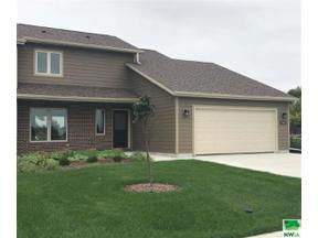 Property for sale at 200 Prairie Bluff Dr., Sergeant Bluff,  Iowa 51054