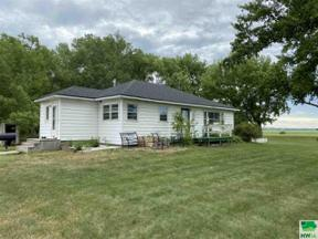 Property for sale at 31529 459th Ave, vermillion,  South Dakota 57069