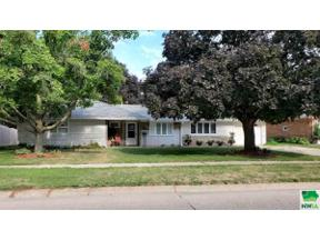 Property for sale at 315 Albany Ave SE, orange city,  Iowa 51041