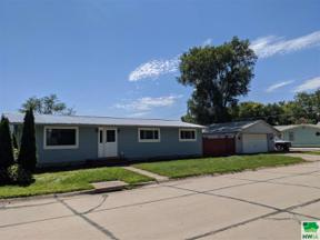 Property for sale at 119 Louis Avenue, no. sioux city,  South Dakota 57049