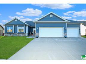 Property for sale at 175 West Creek Drive, Lawton,  Iowa 51050