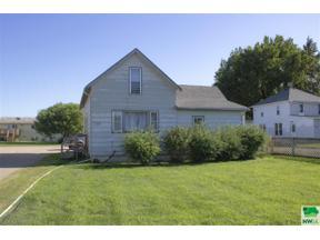 Property for sale at 1209 E Cherry, Vermillion,  South Dakota 57069