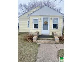 Property for sale at 322 7th Ave, South Sioux City,  Nebraska 68776