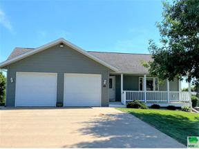 Property for sale at 614 11TH ST SE, orange city,  Iowa 51041