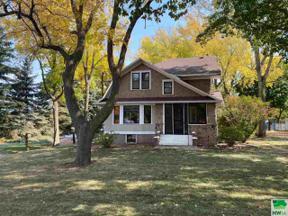 Property for sale at 101 Frankfort Ave Se, Orange City,  Iowa 51041