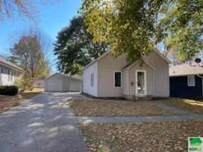 Property for sale at 218 2nd St Nw, Orange City,  Iowa 51041