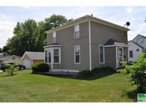 Property for sale at 122 4th Street Se, Orange City,  Iowa 51041
