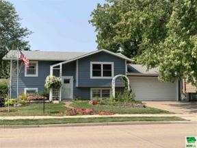 Property for sale at 1008 Cottage Ave, Vermillion,  South Dakota 57069