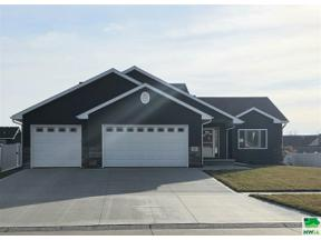 Property for sale at 404 Wood Meadows Drive, Sergeant Bluff,  Iowa 51054