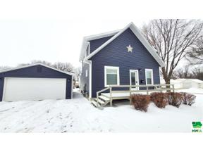 Property for sale at 706 Colorado Ave Sw, Orange City,  Iowa 51041
