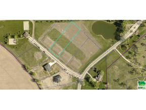 Property for sale at 205 Pinewood Park, Jefferson,  South Dakota 57038