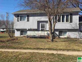 Property for sale at 1106 5th St, Onawa,  Iowa 51040