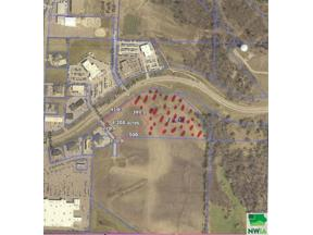 Property for sale at 3700 Singing Hills Blvd, Sioux City,  Iowa 51106
