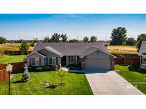 Property for sale at 226 N Baldy Place, Star,  Idaho 83669