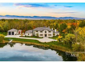 Property for sale at 5924 W Half Moon Ln, Eagle,  Idaho 83616