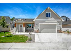 Property for sale at 62 S Norcrest Ave, Nampa,  Idaho 83687