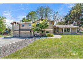 Property for sale at 835 E Los Luceros, Eagle,  Idaho 83616