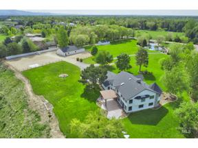 Property for sale at 620 E Clearvue Dr, Meridian,  Idaho 83646