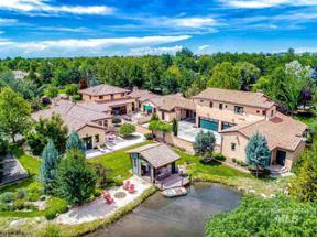 Property for sale at 2200 N Ballantyne Lane, Eagle,  Idaho 83616