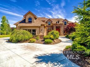 Property for sale at 723 W Headwaters Dr, Eagle,  Idaho 83616