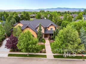 Property for sale at 1558 S Lake Crest Way, Eagle,  Idaho 83616