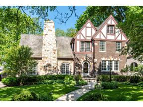 Property for sale at 2412 Lincolnwood Drive, Evanston,  Illinois 60201